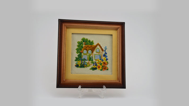 Who says art has to be 2-dimensional? More information about fabric framing and box framing here